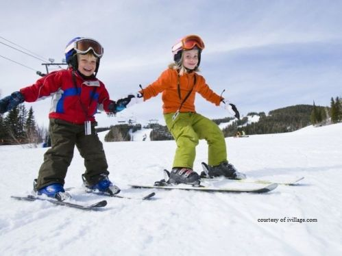 Adorable skiing outfit for your lovely kids 9