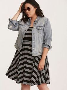 Amazing plus size striped dress outfits ideas 24