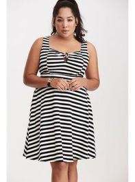Amazing plus size striped dress outfits ideas 34