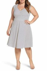 Amazing plus size striped dress outfits ideas 92