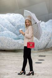 Awesome rainy day outfit style 27