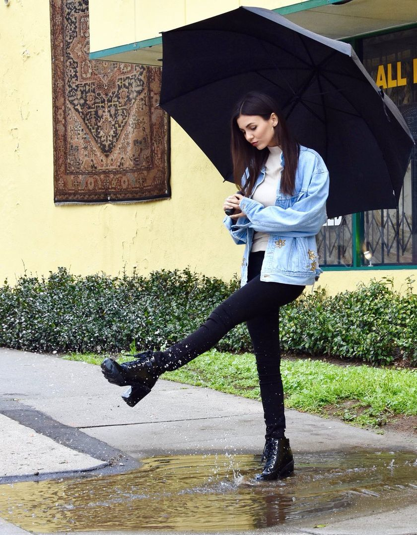 Awesome rainy day outfit style 43