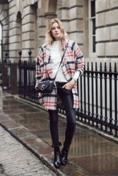 Awesome rainy day outfit style 7