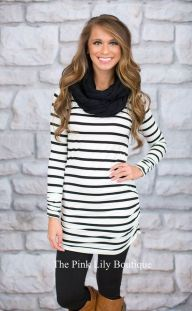 Casual black white striped midi dress outfit 13