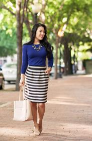 Casual black white striped midi dress outfit 40