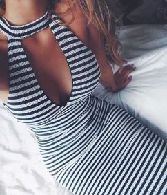 Casual black white striped midi dress outfit 45