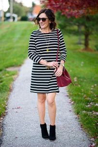 Casual black white striped midi dress outfit 48