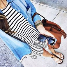 Casual black white striped midi dress outfit 63