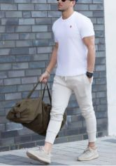 Cool mens gym and workout outfits style 11