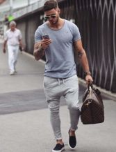Cool mens gym and workout outfits style 25