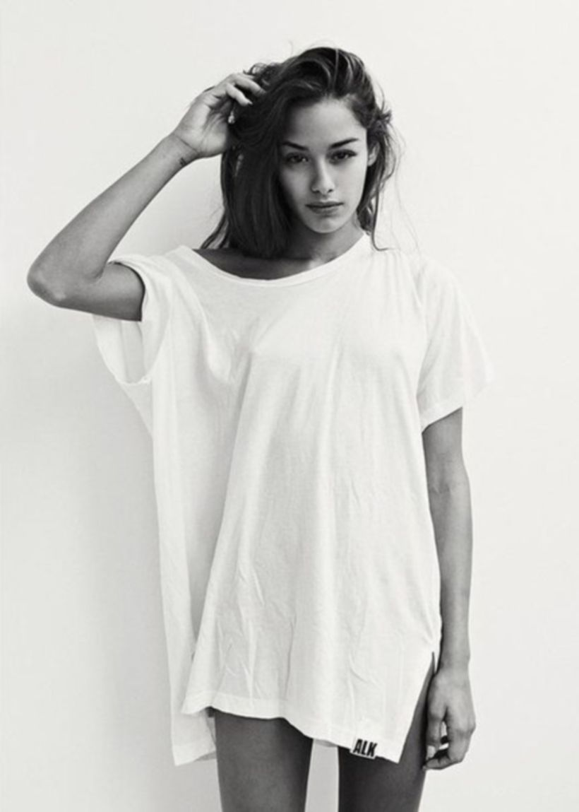 Cute oversized t shirt outfit styles 11