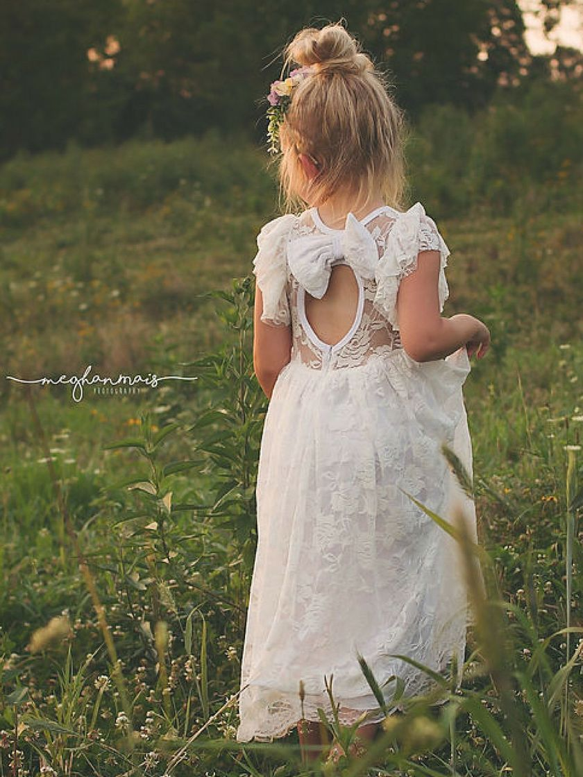 Gorgeous flower girl lace dresses ideas 18