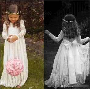 Gorgeous flower girl lace dresses ideas 5