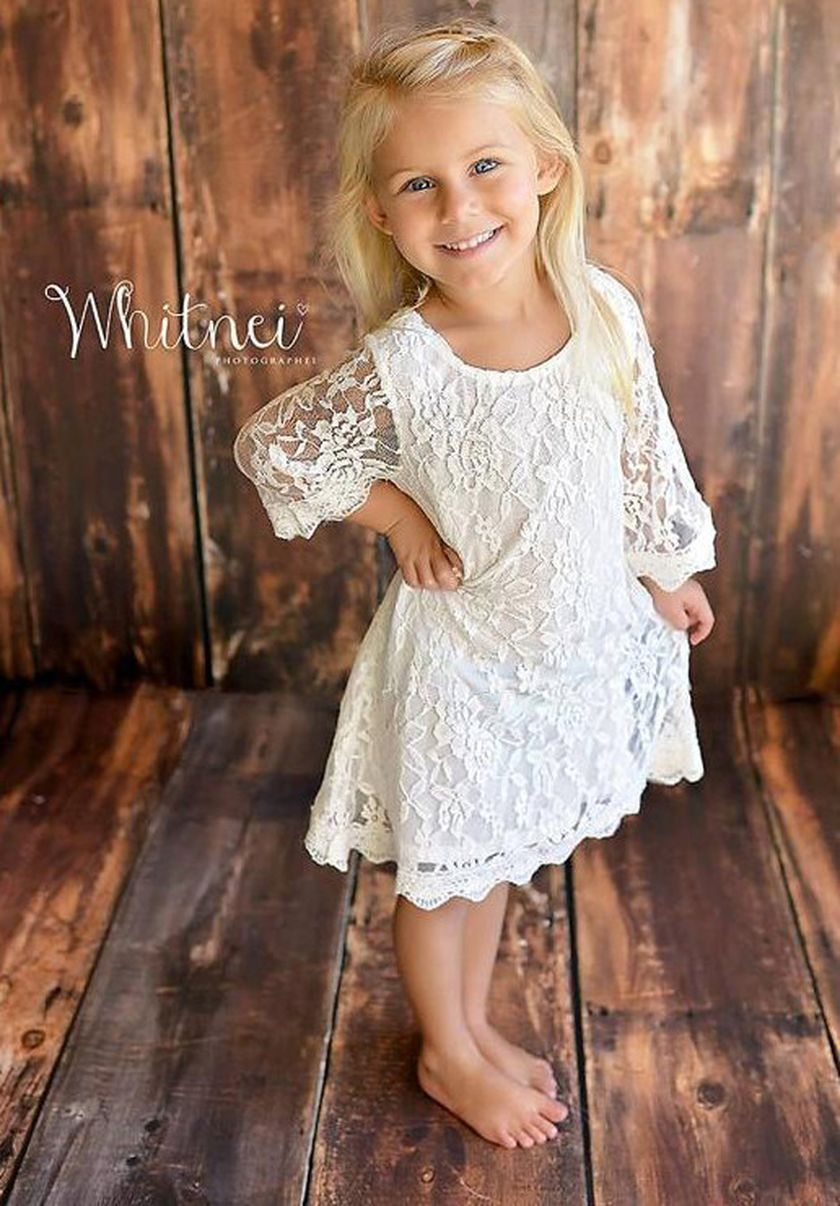 Gorgeous flower girl lace dresses ideas 9