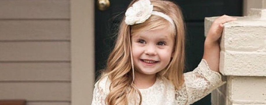 Gorgeous flower girl lace dresses ideas featured