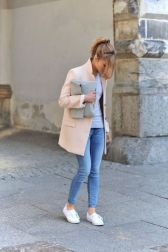 How to wear white sneaker for spring outfits 126