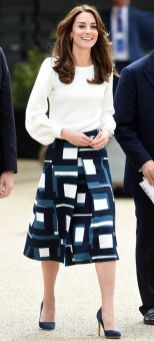 Kate middleton casual style outfit 19