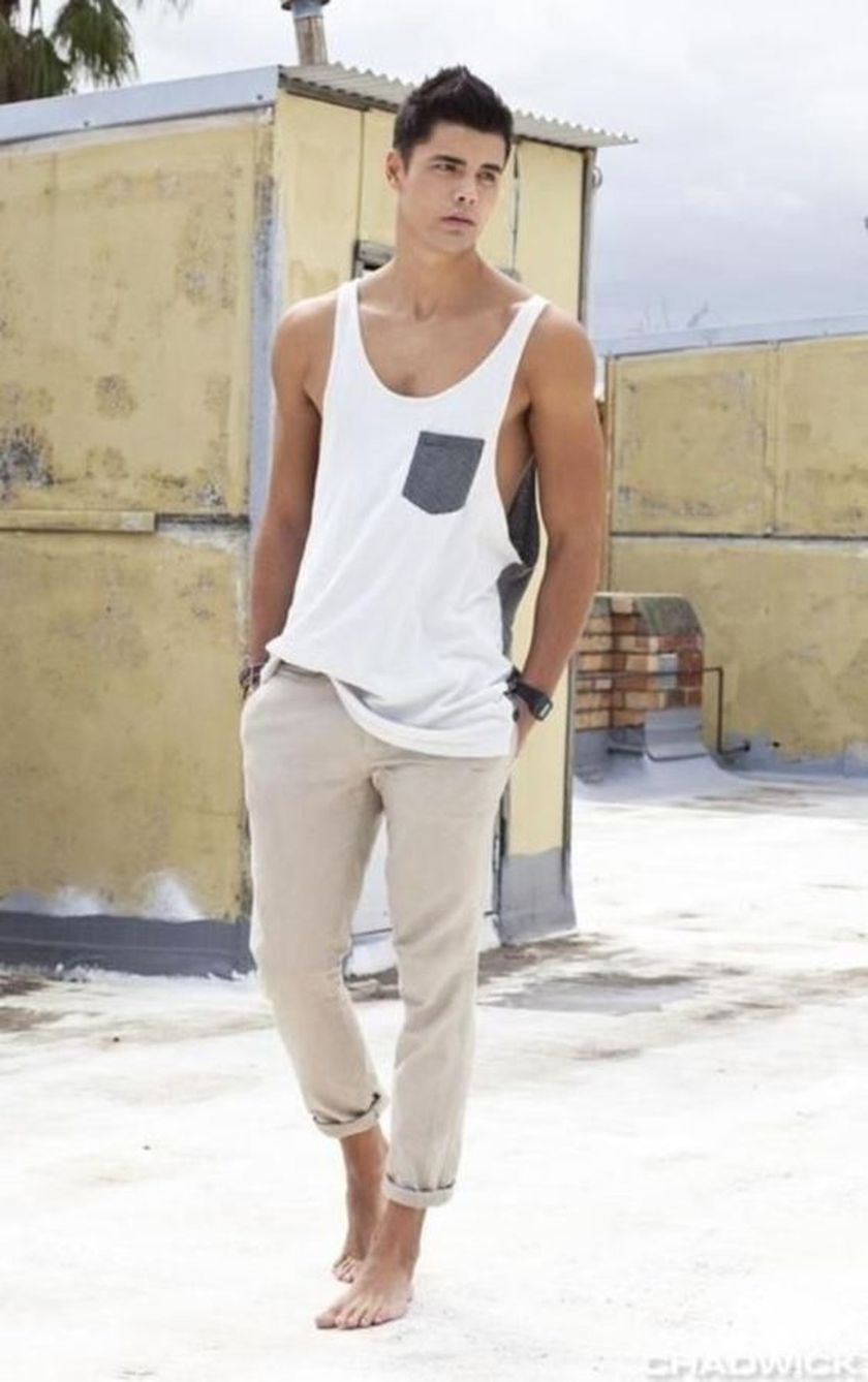 Mens fashions should wear while on the beach 27