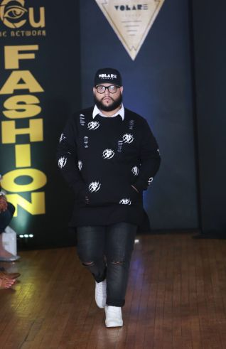 Plus size big and tall mens fashion outfit style ideas 29