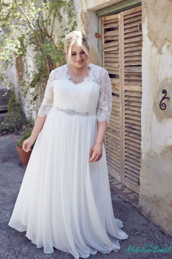 Plus size wedding dresses with sleeves 3
