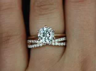 Rose gold solitaire ring for wedding 1