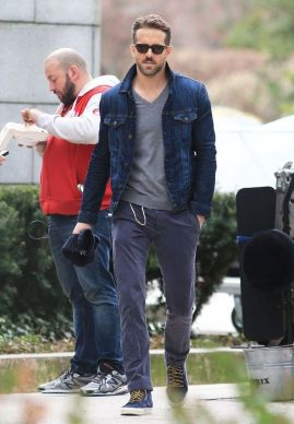 Ryan reynolds casual outfit style 22