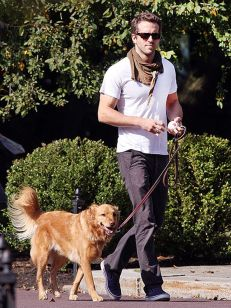 Ryan reynolds casual outfit style 67
