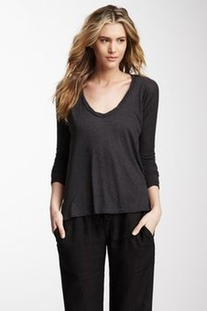 Sexy soft v neck tees women outfit style 15