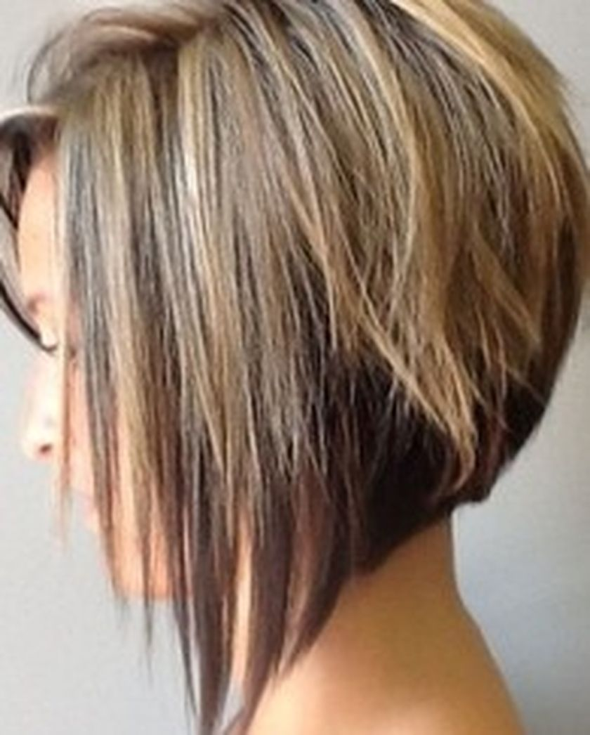 Short asymmetrical bobs hairstyle haircut 14