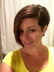 Short asymmetrical bobs hairstyle haircut 4