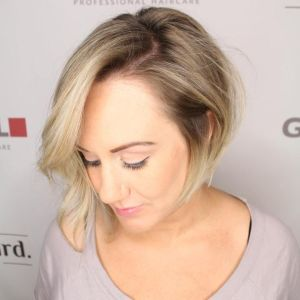 Short asymmetrical bobs hairstyle haircut 67