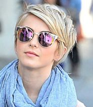 Short hair pixie cut hairstyle with glasses ideas 50