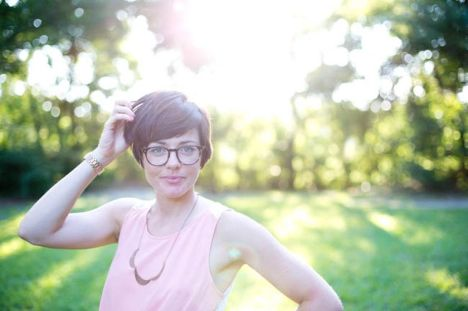 Short hair pixie cut hairstyle with glasses ideas 84