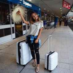 Summer airplane outfits travel style 59