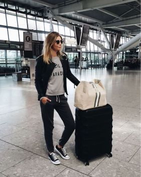 Summer airplane outfits travel style 69