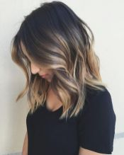 Summer hairstyles for medium hair 26