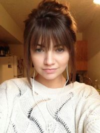 Awesome full fringe hairstyle ideas for medium hair 23 ...
