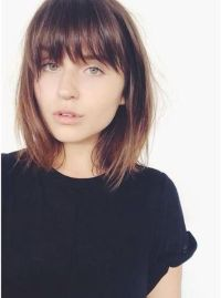 Awesome full fringe hairstyle ideas for medium hair 27 ...