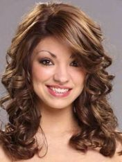 Beautiful curly layered haircut style ideas 11