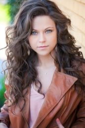 Beautiful curly layered haircut style ideas 2