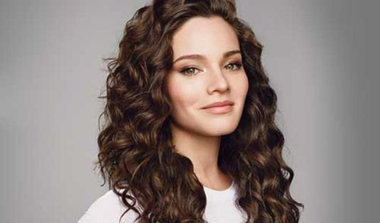 Beautiful curly layered haircut style ideas 39