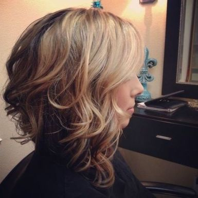 Beautiful curly layered haircut style ideas 54