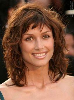 Beautiful curly layered haircut style ideas 6