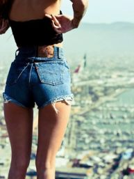 Best high waisted short denim outfits style 15