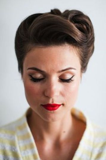 Breathtaking vintage rockabilly hairstyle ideas 33
