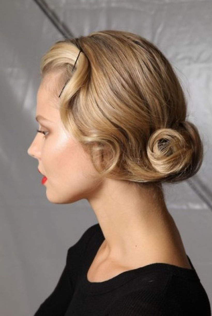 Breathtaking vintage rockabilly hairstyle ideas 76