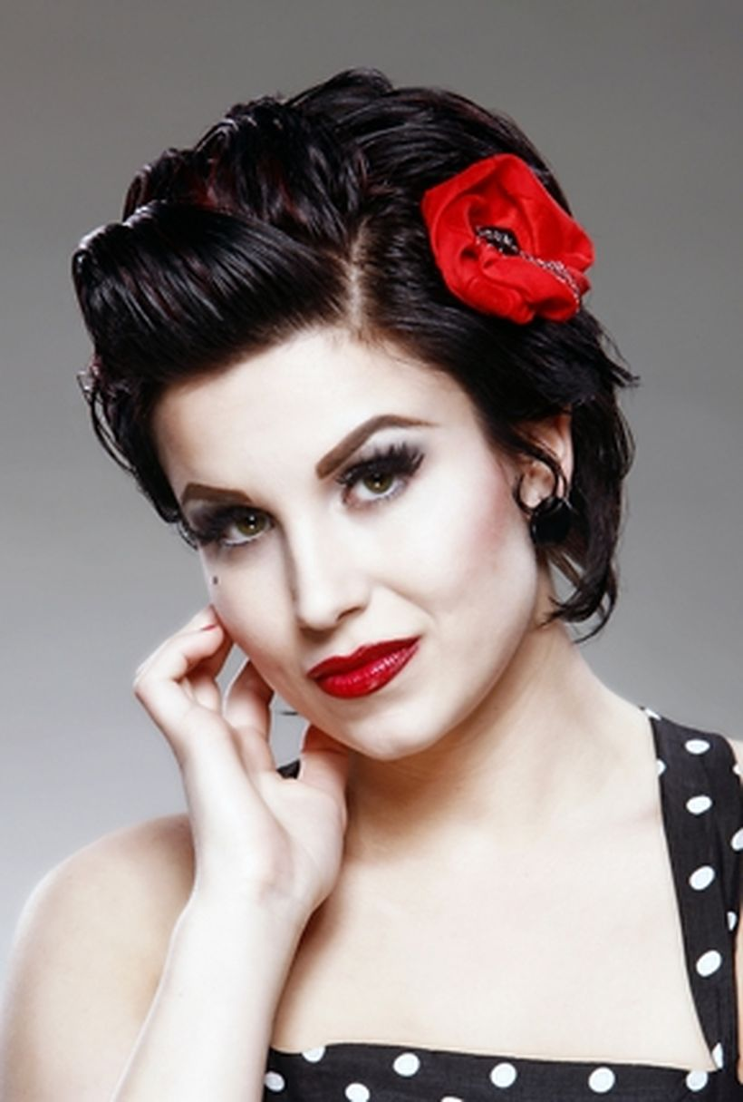 Breathtaking vintage rockabilly hairstyle ideas 9