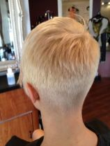 Cool back view undercut pixie haircut hairstyle ideas 25