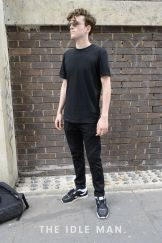 Cool casual men plain t shirt outfits ideas 6