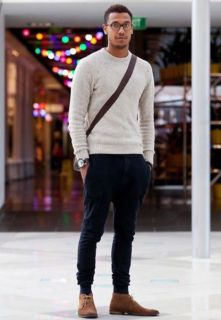 Cool men sweater outfits ideas 27